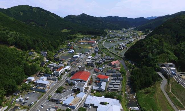 日本初!人口約1,500人の岡山県西粟倉村が地方創生ICOの実施を決定