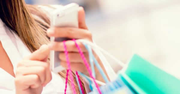 ドコモ、「dポイント」「d払い」加盟店舗の拡大を発表 メガネの田中、ローチケ、WEGOなど