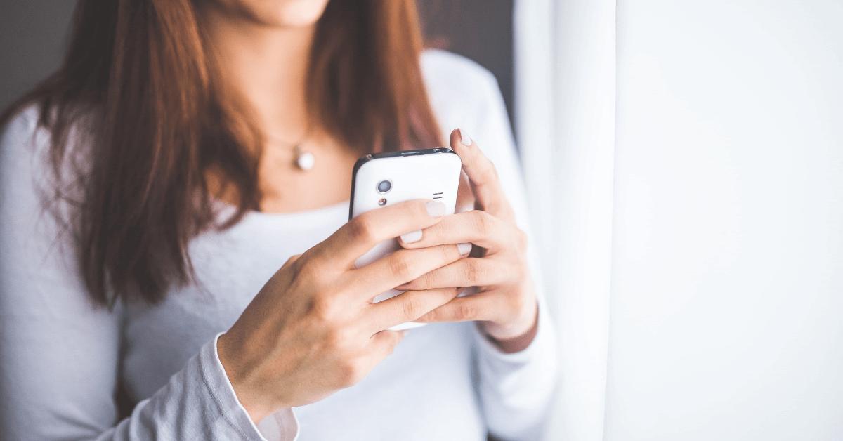 THEO(テオ)のアプリの使い方は?ダウンロードから積立設定、登録情報の確認まで簡単操作