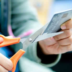 三井住友カードの退会手続き。キャッシュカードを解約する方法、電話番号は?