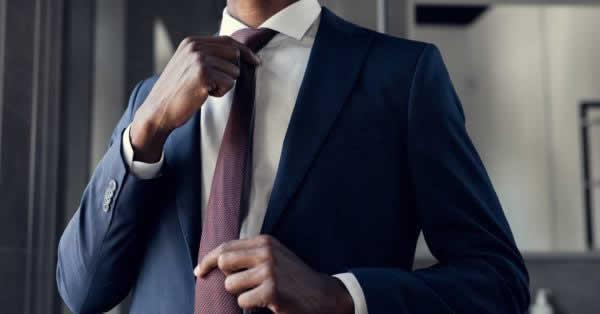レナウン、スーツのサブスク「着ルダケ」で花王とキャンペーン リセッシュを無料提供へ