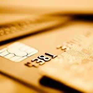 三井住友ゴールドカードの年会費、メリット、保険、ポイントは?ラウンジの使い方