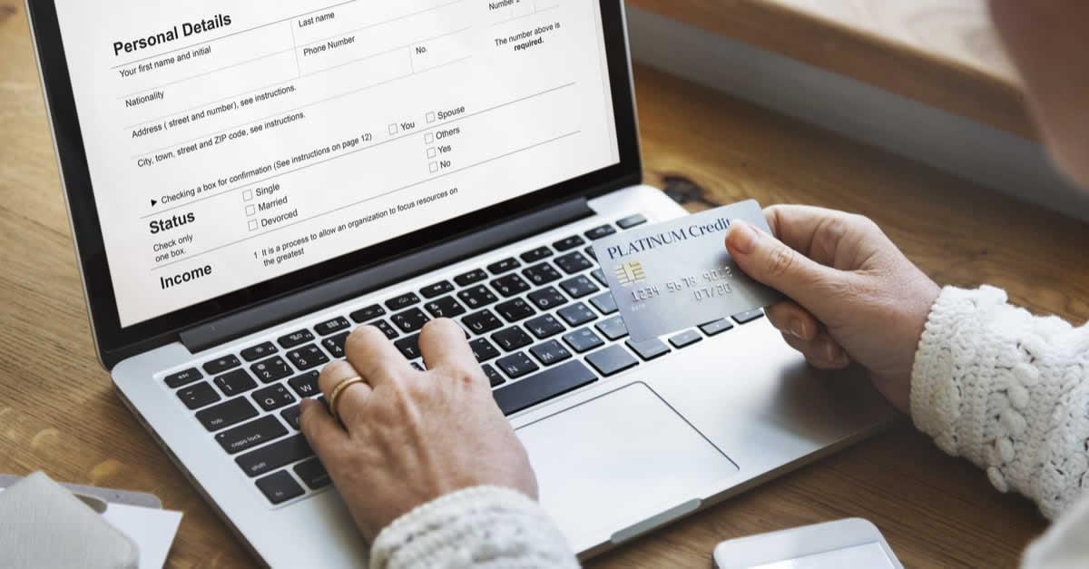 dカードの審査基準や難易度、申込資格は?カードの申し込み方法も解説