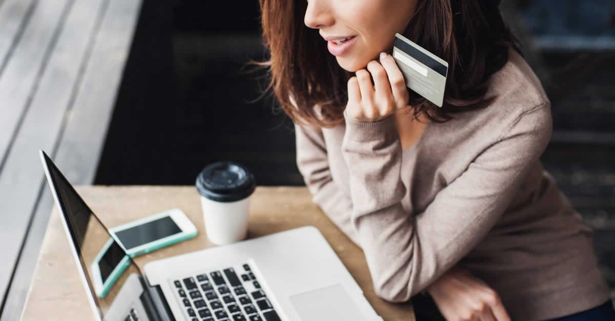 ライフカードStylish(スタイリッシュ)のメリット、ポイント還元率、年会費、付帯保険は?