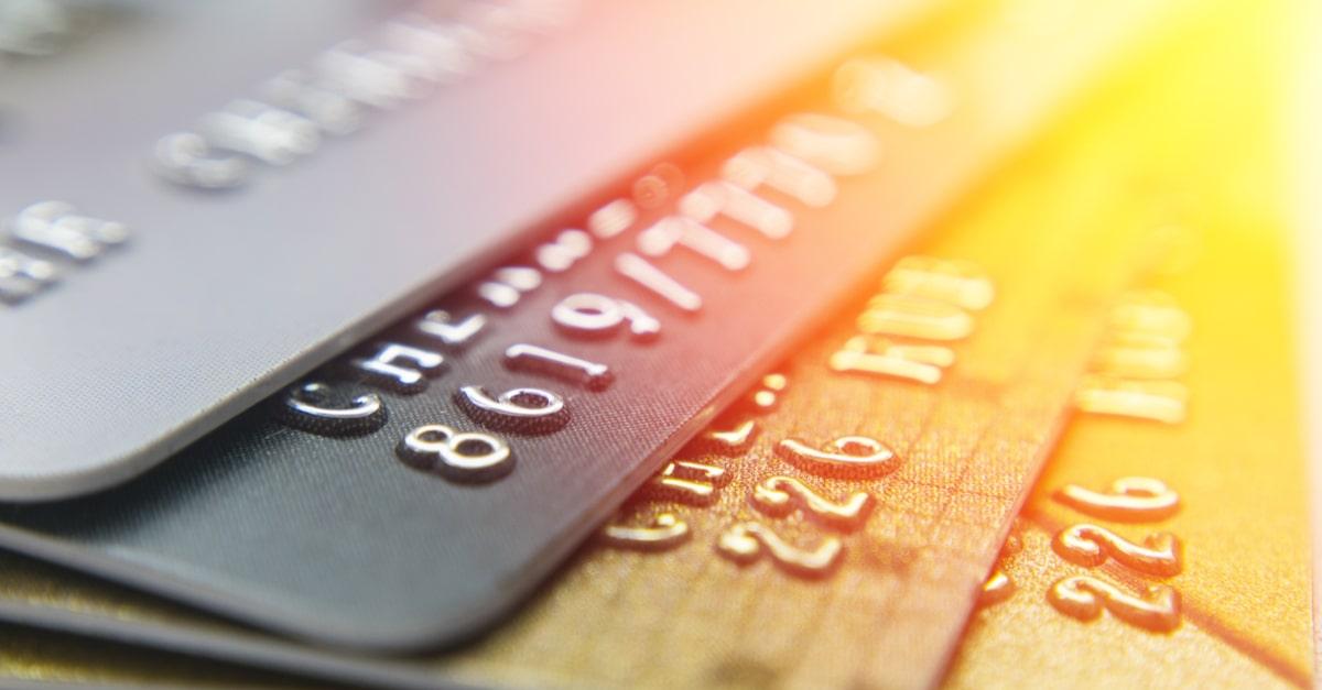 JALカードのCLUB-Aカードやゴールド、プラチナカードの違いは?年会費、特典、メリットとは