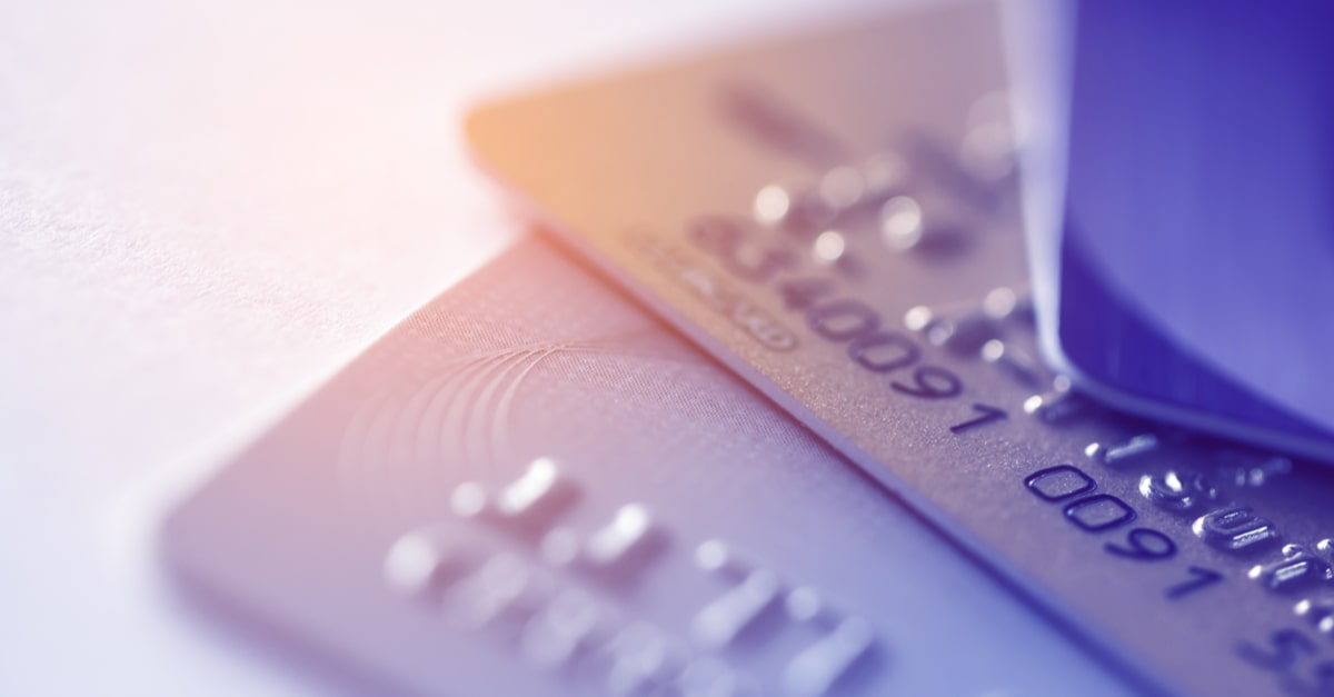 JALカードで家族カードに申し込むメリット、デメリットは?