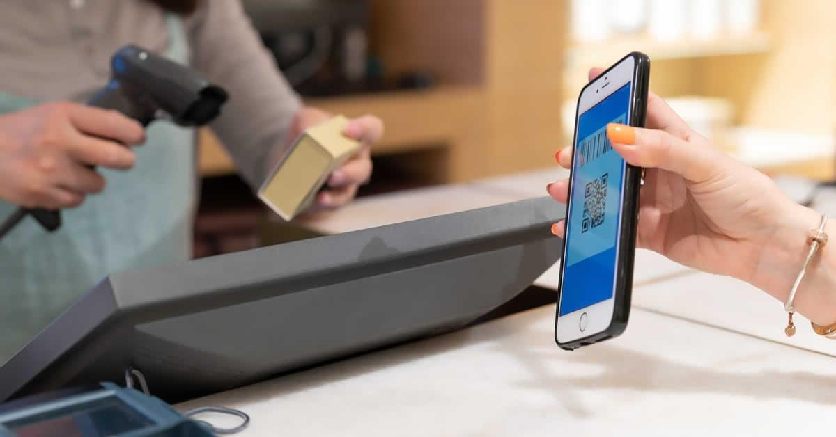 楽天Pay(ペイ)アプリの使い方は?チャージの有無や加盟店検索方法も