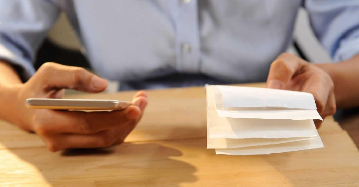 経理業務・確定申告はクラウド会計ソフトLINE店舗経理で効率化!リスクとコストの削減に<!--潜在層~検討層個人:小規模店舗-->