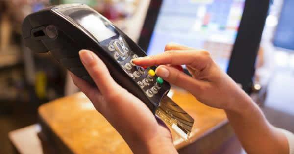 カード決済に必要な端末とは?CAT端末やPOSレジの違いも解説