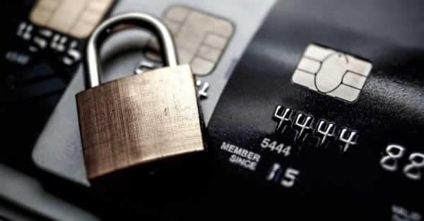 クレジットカードが作れる年齢とは、申し込む年齢に上限はあるのか