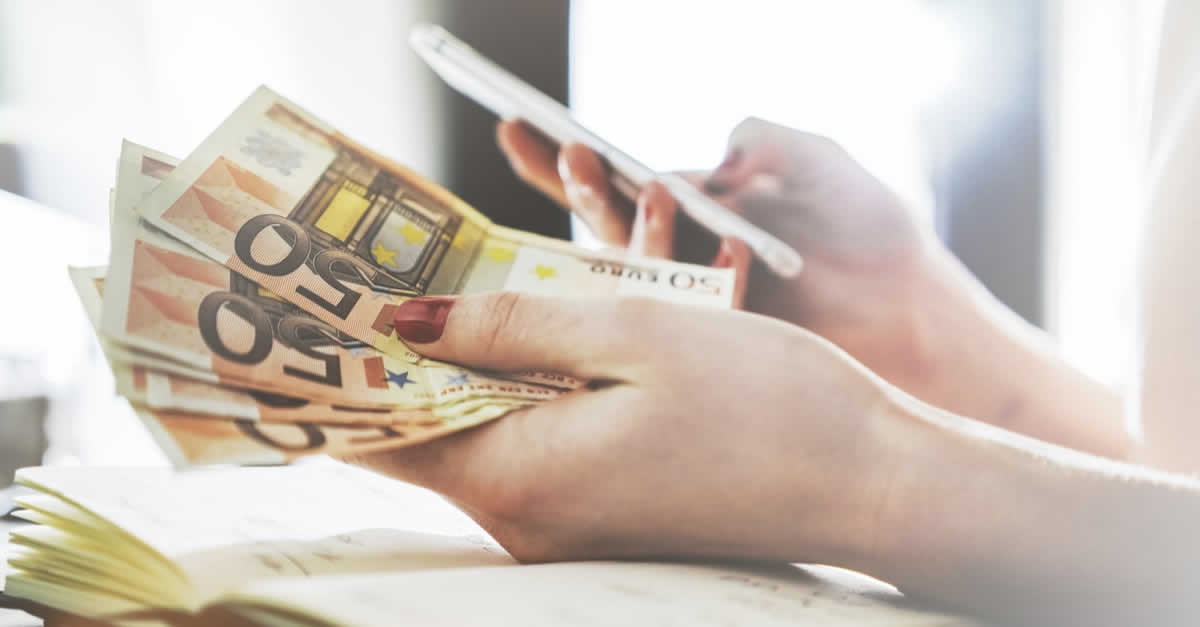 LINE Pay(ラインペイ)で出金する方法を解説!手数料や時間は?