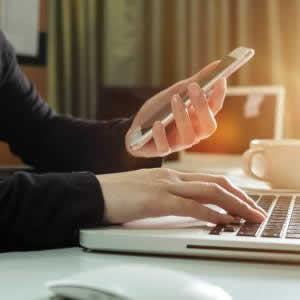 DMM.com証券NISAの手数料・期間は?買い方や入金方法を紹介