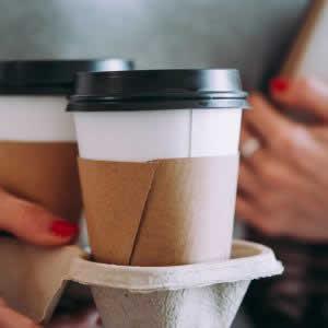 カフェ特化の事前注文・決済アプリ「TOGO」、ドリンク5杯注文で1杯無料に