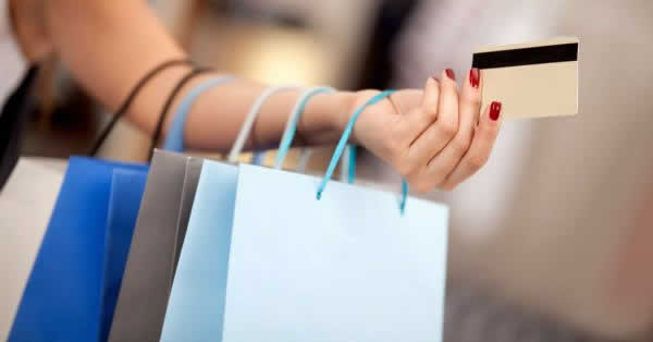 キャッシュレスウィーク、ショッピングモールでの利用が最多に 現金派は交通機関 MMD研究所が調査