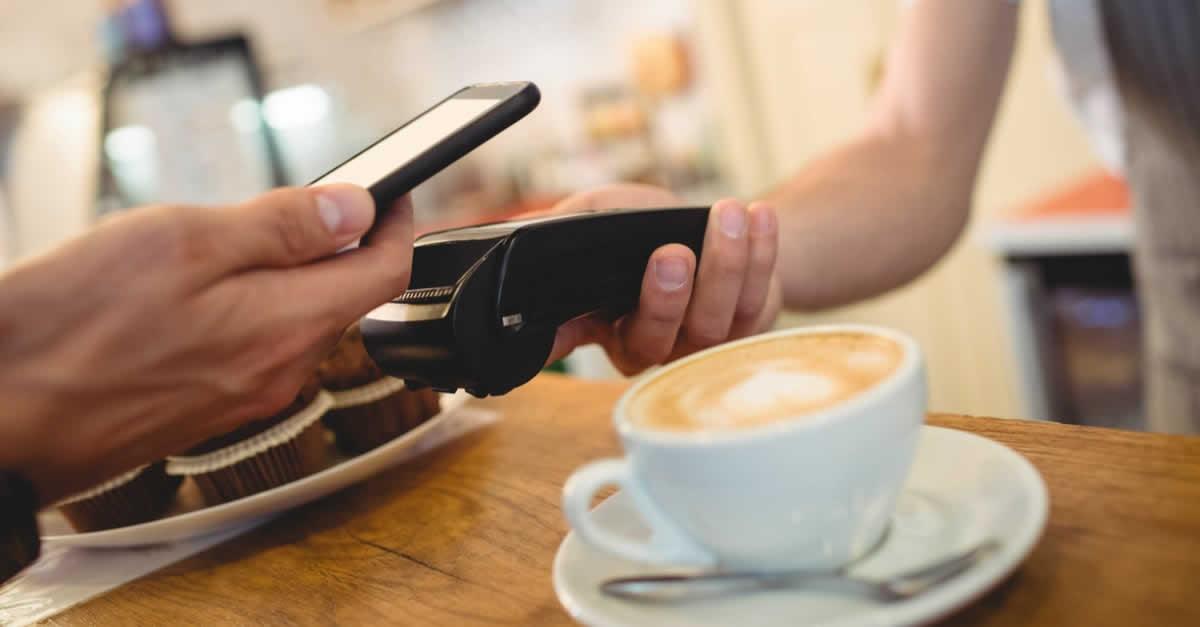 スマホ決済は簡単・早い!メリットや使い方、おすすめアプリ、使えるお店は?
