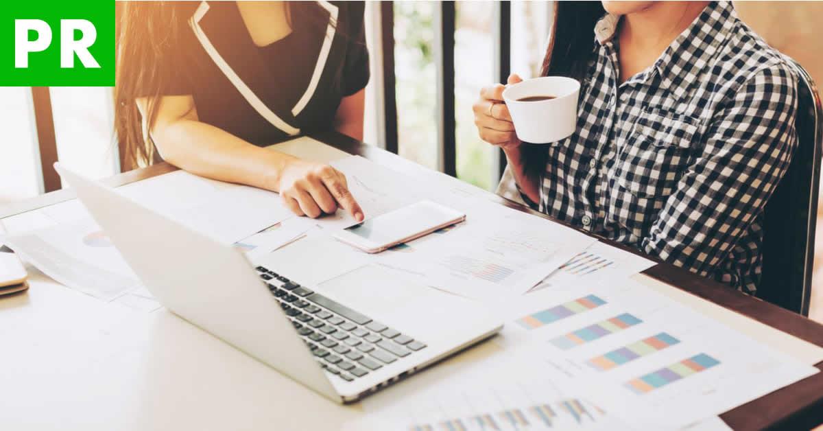 キャッシュレス決済への対応が急務!クラウド会計ソフトLINE店舗経理で会計業務を効率化