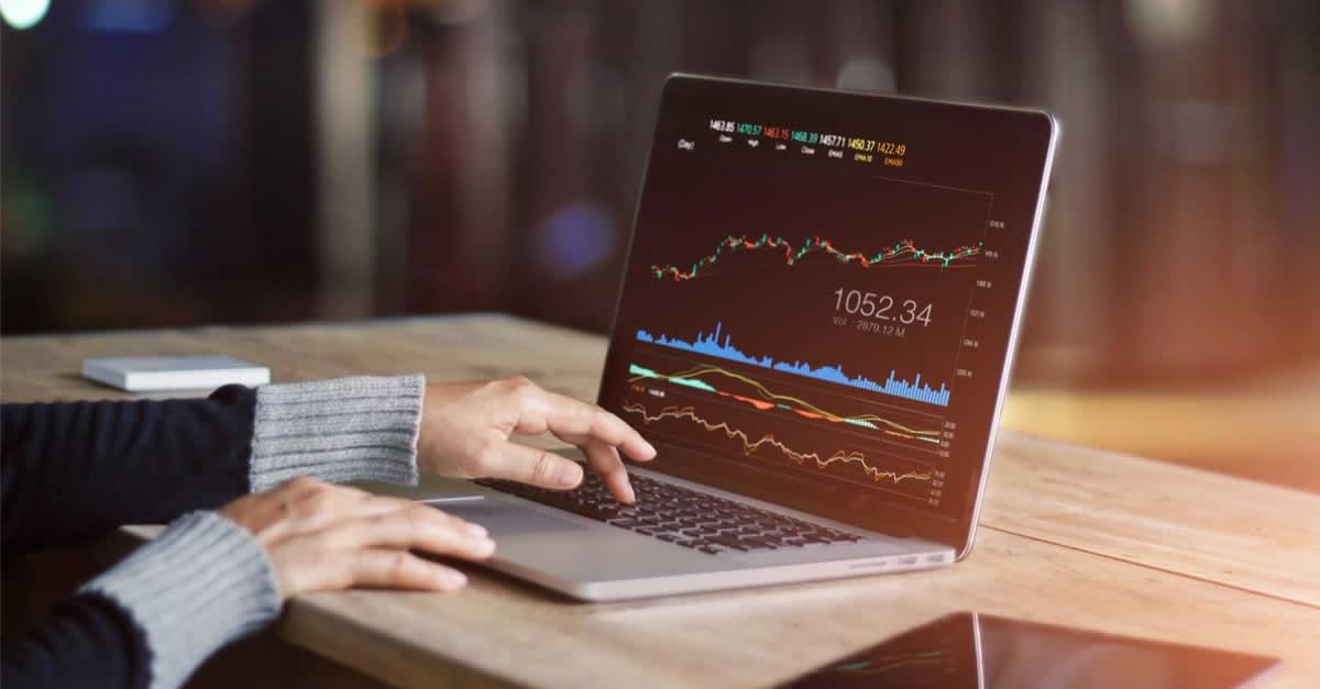 積立FXとは?おすすめ通貨とFX口座を紹介