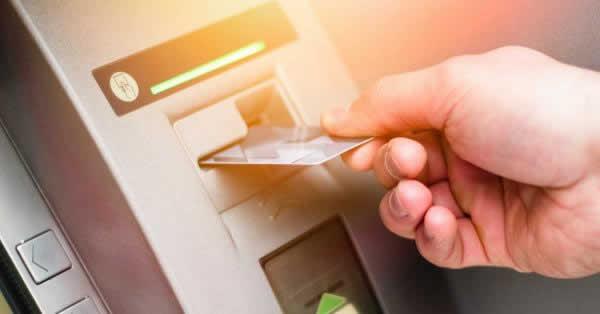auWALLETクレジットカードでキャッシング!ATMの使い方や返済方法は?