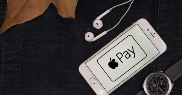 Apple Pay(アップルペイ)が使えるお店は?Suica、iD、QUICPay対応店なら支払い可能!