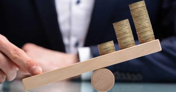 FXのレバレッジとは?計算方法、最大倍率、規制について解説