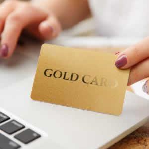 dカード GOLD(ゴールド)のお得なキャンペーン・特典を紹介