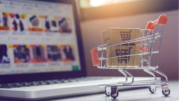 メルカリ、ahamo申し込みで販売手数料最大6ヶ月実質無料