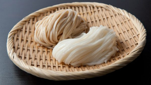 広島産の米で作られたグルテンフリー・無添加の麺「おこめん」