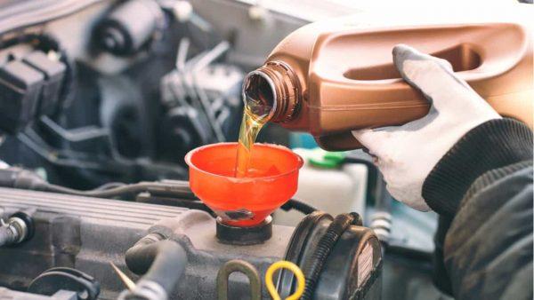 オートバックスのオイル交換の予約方法を紹介