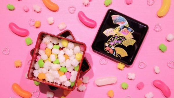 日本の駄菓子を世界へ!サブスクの「お菓子便」