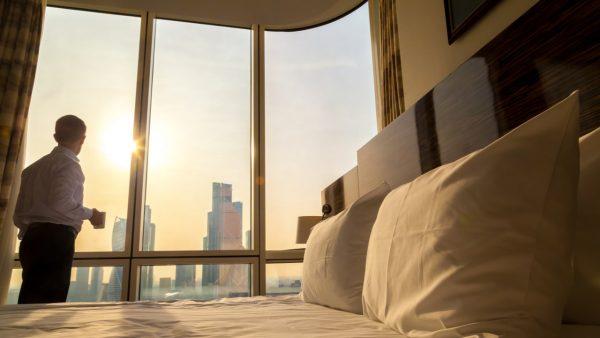 憧れのホテル暮らしでリモートワークが捗る!長期滞在におすすめのホテルを紹介