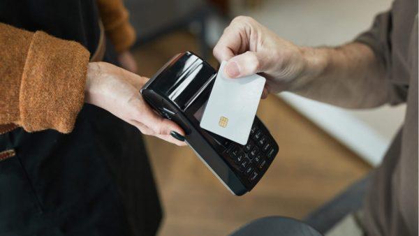 三井住友カード利用で抽選で10万名にVポイントが当たる
