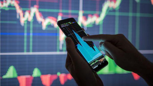 SMBC日興証券、国内株の取引でdポイント3倍還元。8月31日まで
