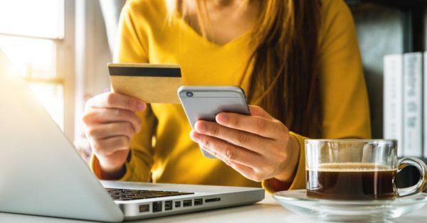 スマホ決済とクレジットカードはどちらがお得?徹底比較
